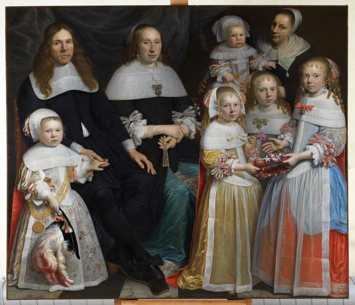 17e eeuws portret met vele strikjes en strikbroches Blog Zilver.nl