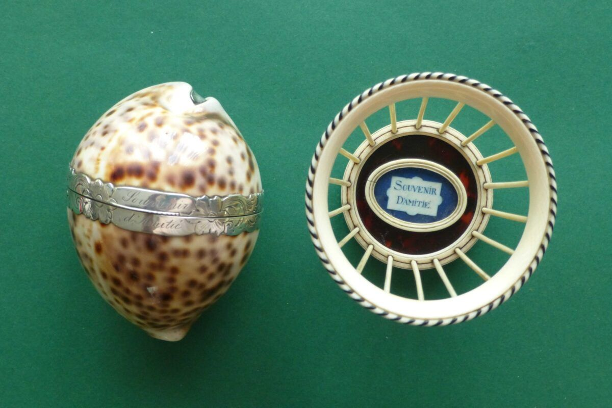 Antieke souvenirs naaigarnituur en een wolmandje Blog Zilver.nl