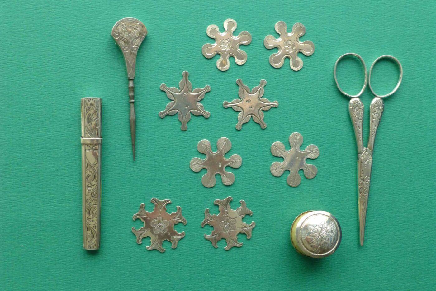 Antieke zilveren windertjes, priemen en wasjes Blog Zilver.nl