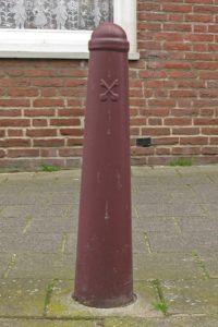 Het leidenaartje, het paaltje met de gekruiste sleutels Blog Zilver.nl