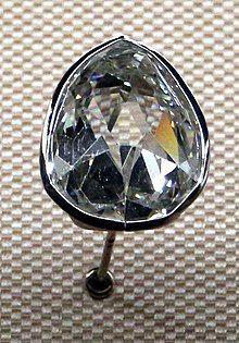 Sancy diamant in het Louvre te Parijs