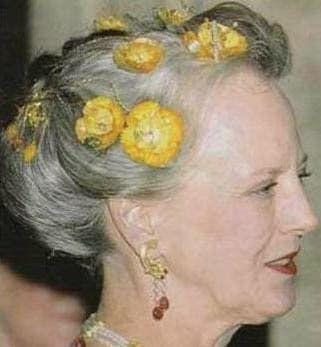 Gouden klaprozen diadeem van koningin Margrethe Blog Zilver.nl
