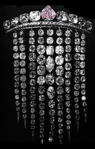 Grand peigne en brillants, Juwelier Bapst, Parijs 1856 gedemonteerd