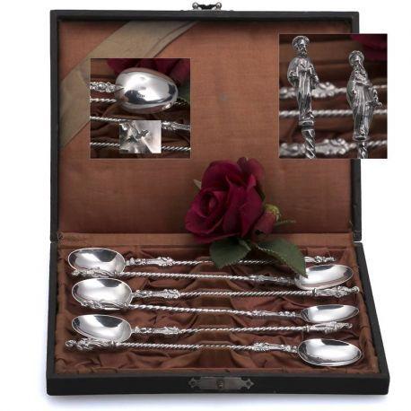 zilveren lepels met afbeeldingen van apostelen