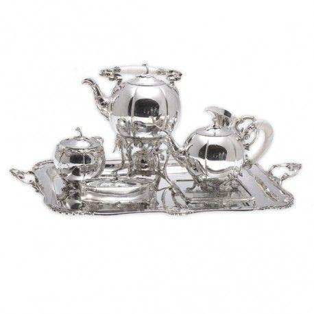 Zilveren Bonebakker servies, zilver op de theetafel