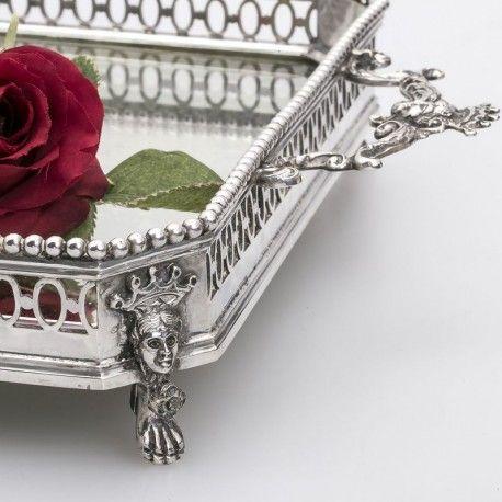 Luxe galerierand op een zilveren dienblad zilver.nl