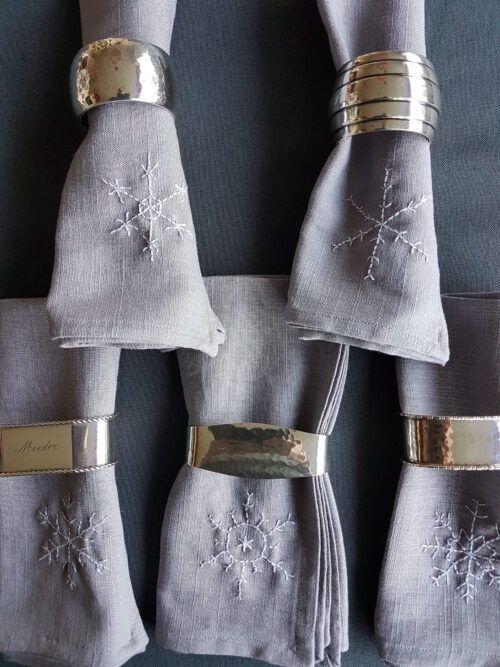 Zilveren servetringen met naam Blog Zilver.nl