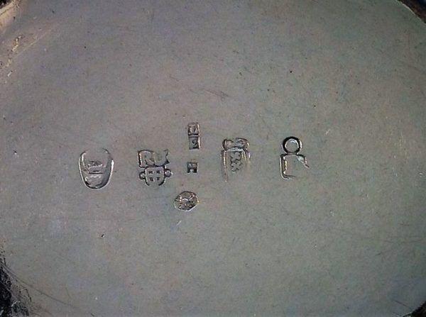 Imitatie zilvermerken naar 18e eeuws voorbeeld blog zilver.nl