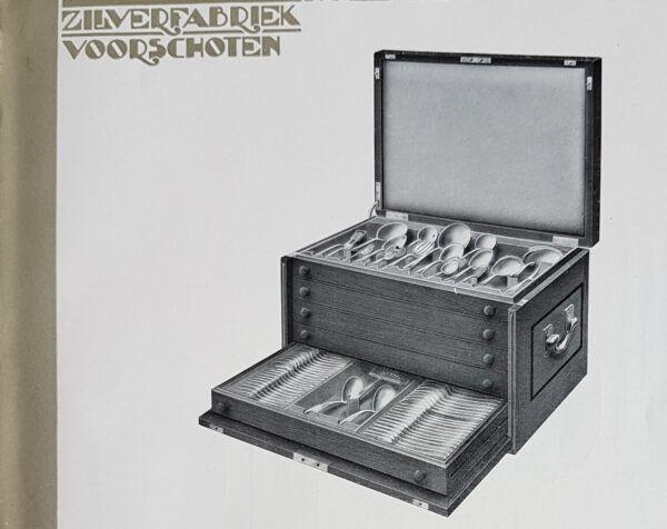 Antiek zilver bestek in een bijpassende kist met lades de bestekcassette Blog Zilver.nl