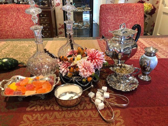 zilveren confiturevorkje, zilveren suikermandje, zilveren koffiepot, zilveren bononmandje