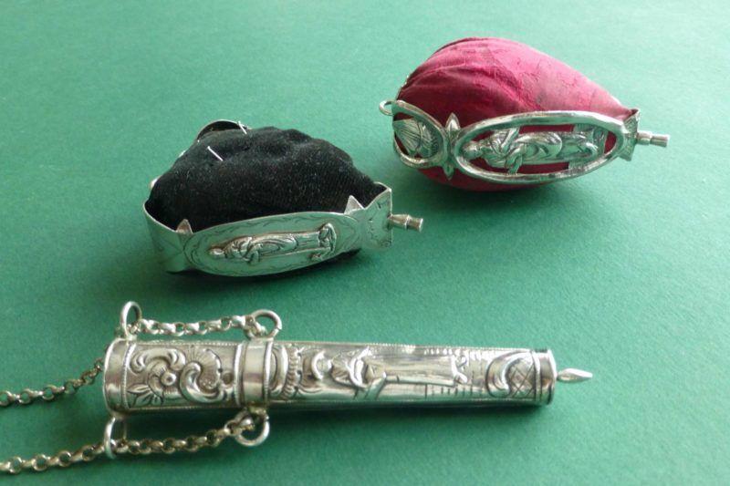 Antiek zilver naaigerei bij Zilver.nl