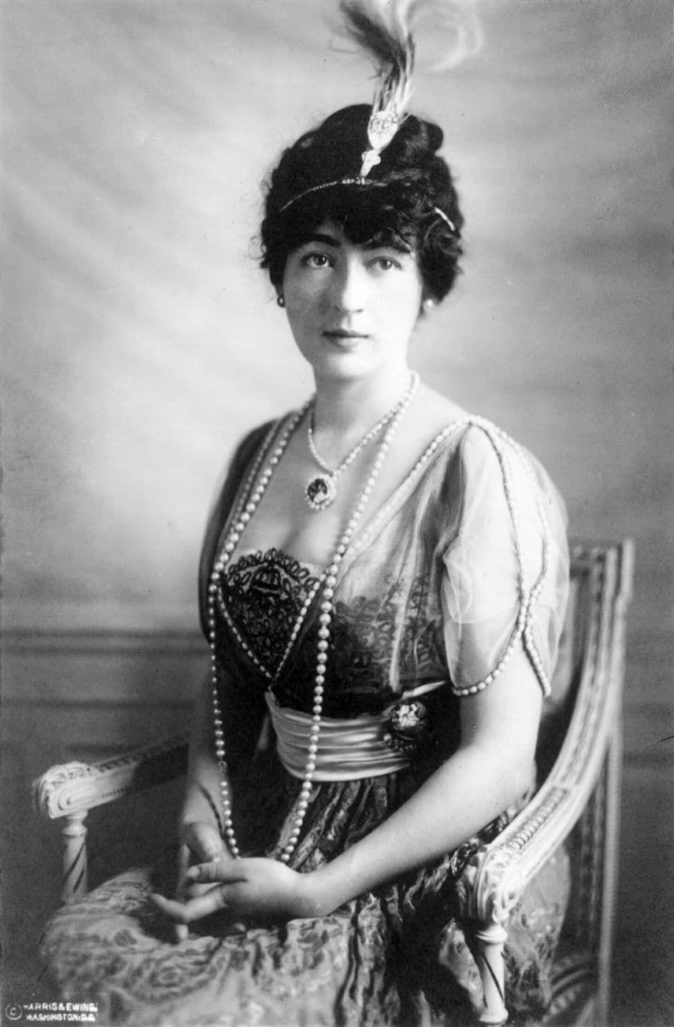 Lady Evalyn Walsh McLean met de Hope diamant